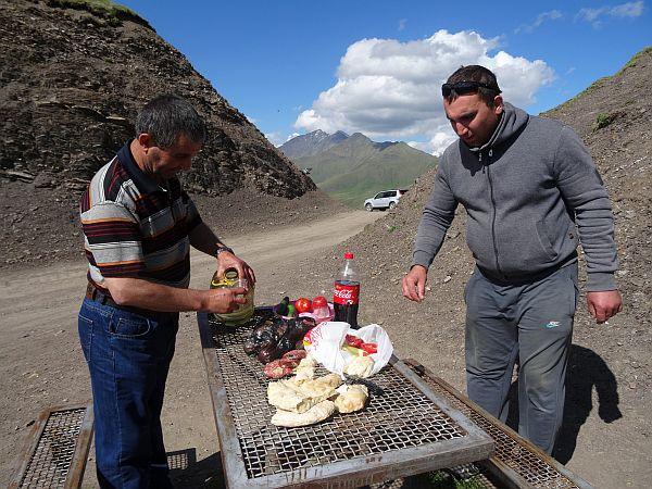 Supra na przełęczy Datwis Dżwari