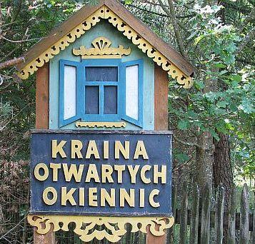 Jeszcze kilka lat przy wjeździe do wsi Soce stała taka tablica. Gdzieś zniknęła, już jej nie widzę.